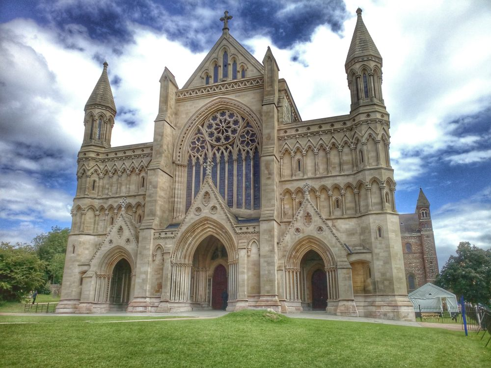 St Albans Cathedral outside