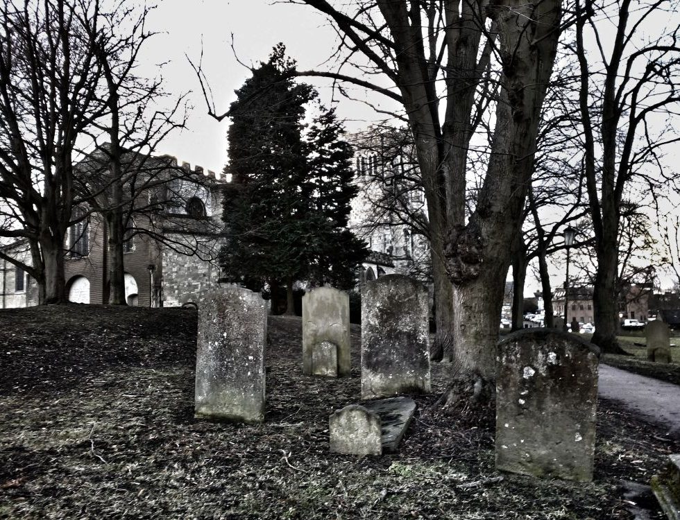 Old cemetery Priory Church, Dunstable